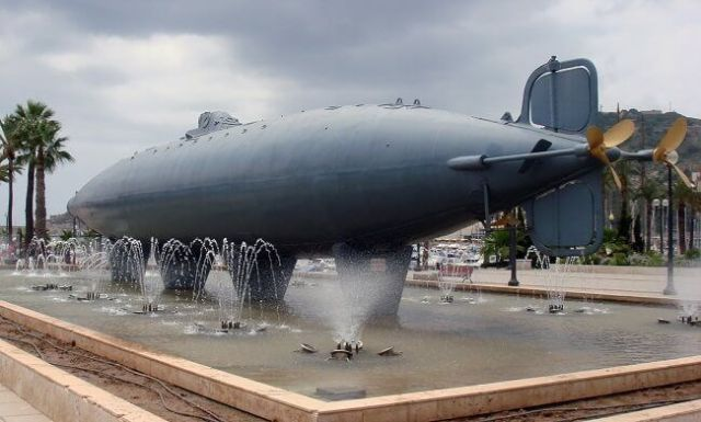 Peral_Submarine_Cartagena.jpg